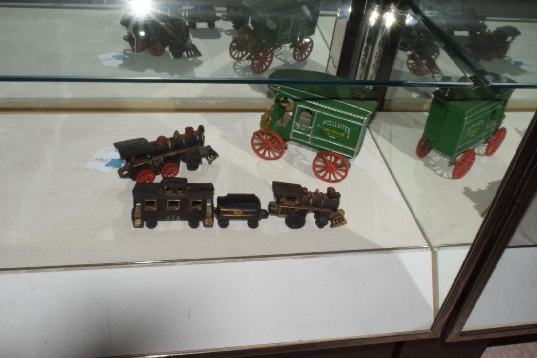 CAST IRON TRAIN & MORE - 3
