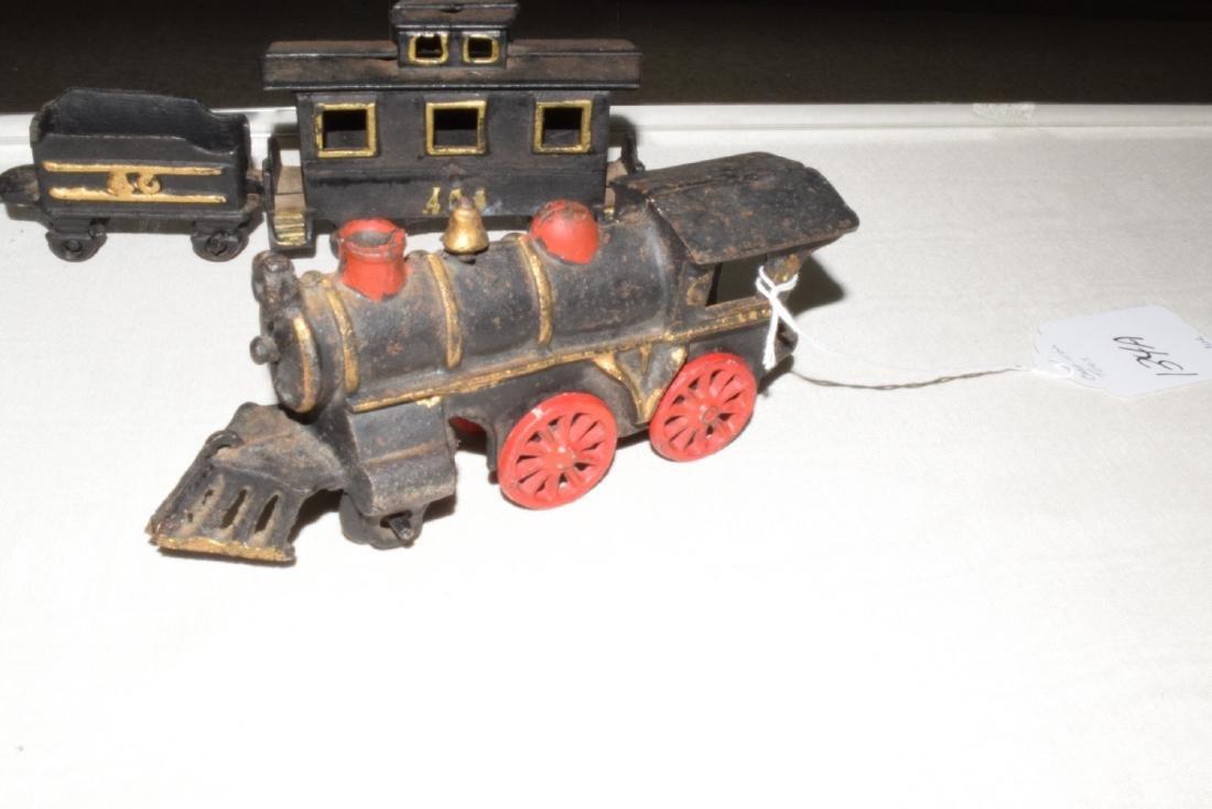 CAST IRON TRAIN & MORE - 5