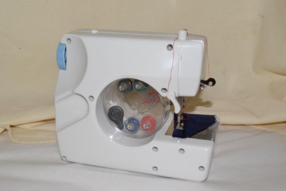SEW EASY SEWING MACHINE & BUTTON MATE - 3