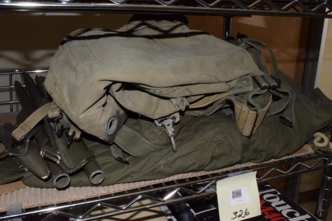 MILITARY ARMY TENT WITH EXTRAS