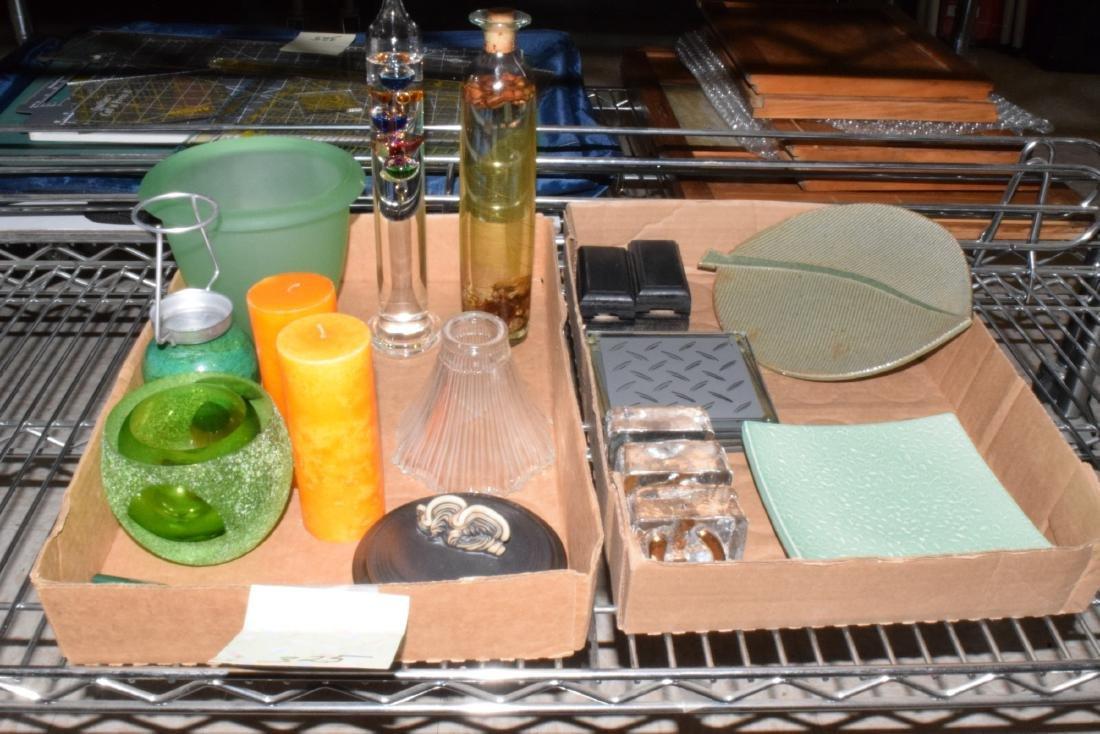 SMALL TABLE & SHELF DECOR