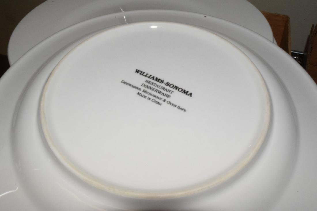 WILLIAM SONOMA DISH SET - 2