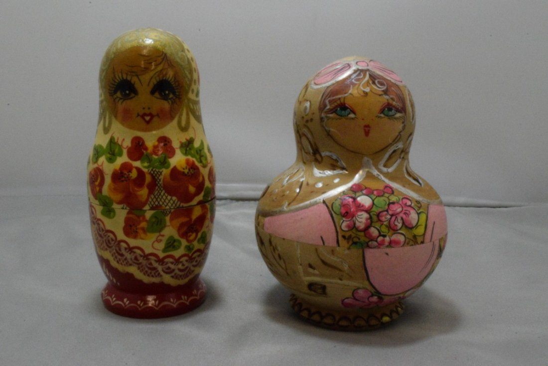 2 RUSSIAN NESTING DOLLS - 1 SIGNED 1992
