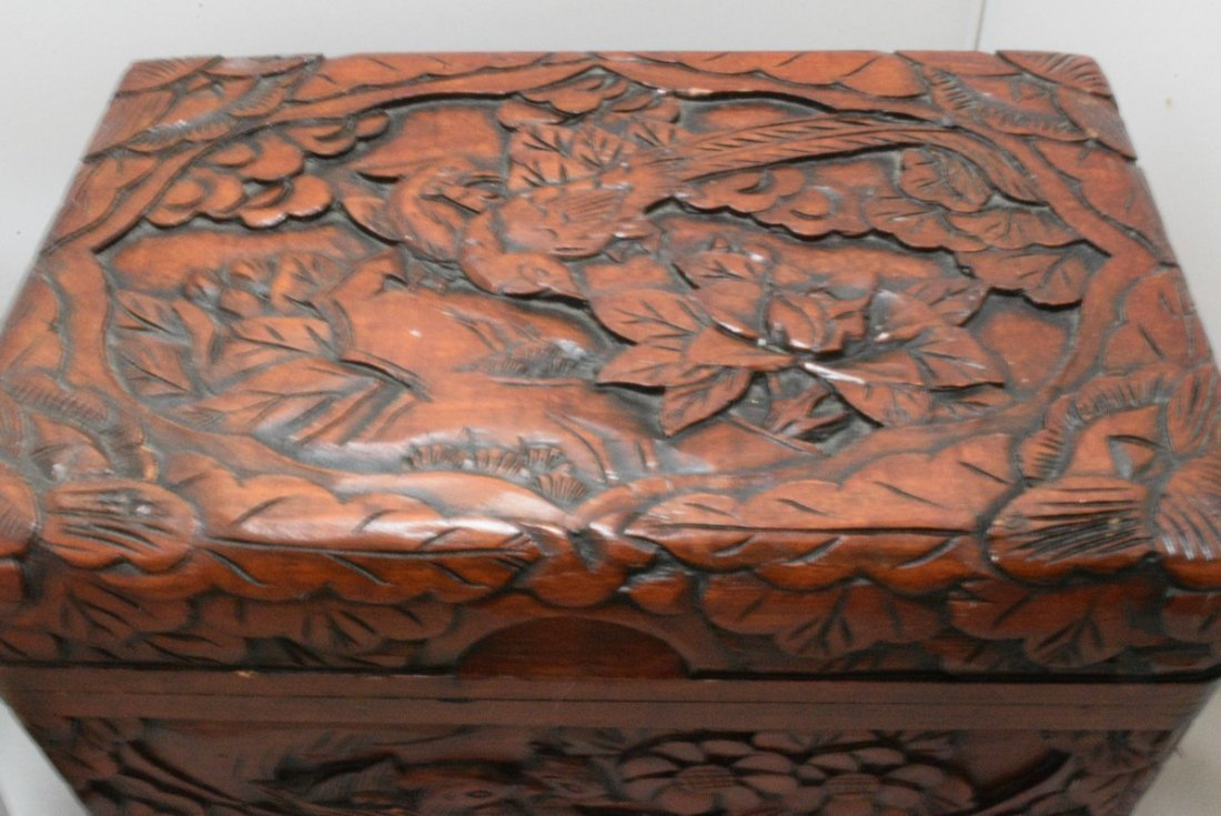 BEAUTIFUL HAND CARVED HINGED BOX AND A INLAID DESI - 3