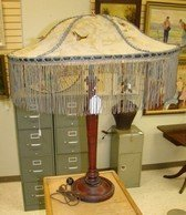 VINTAGE TABLE LAMP WITH ANTIQUE SHADE