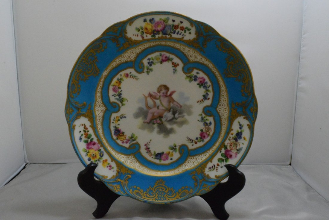 ANTIQUE HAND PAINTED EUROPEAN PORCELAIN PLATE