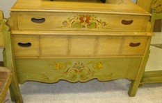 TOLL PAINTED 5 PIECE ANTIQUE BEDROOM SET - 4