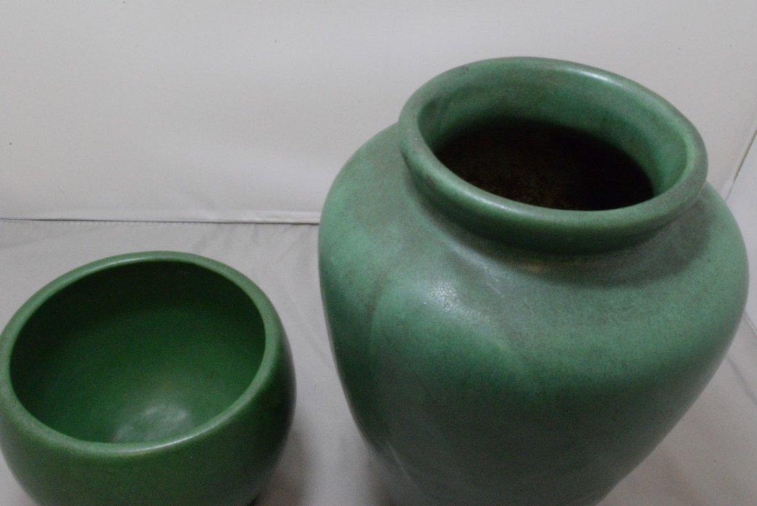 2 VINTAGE GREEN MATTE GLAZE ART POTTERY VASE - 3