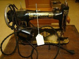 ANTIQUE WHITE ROTARY SEWING MACHINE AND SEWING TABLE - 2