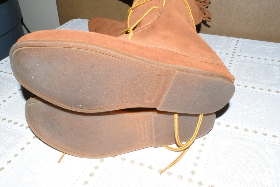 PAIR OF MEN'S MINNETONKA #1922 SUEDE LACE UP MOCCASINS - 3