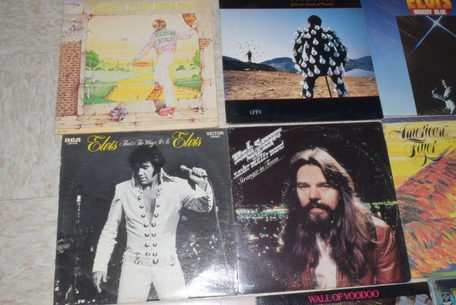 11 ROCK AND POP RECORD ALBUMS - ELVIS - ELTON JOHN - 2