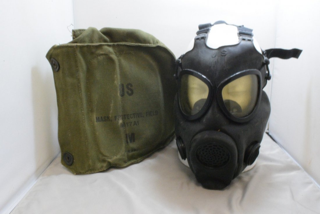 US MILITARY PROTECTIVE FIELD MASK - M17A1 - BAG
