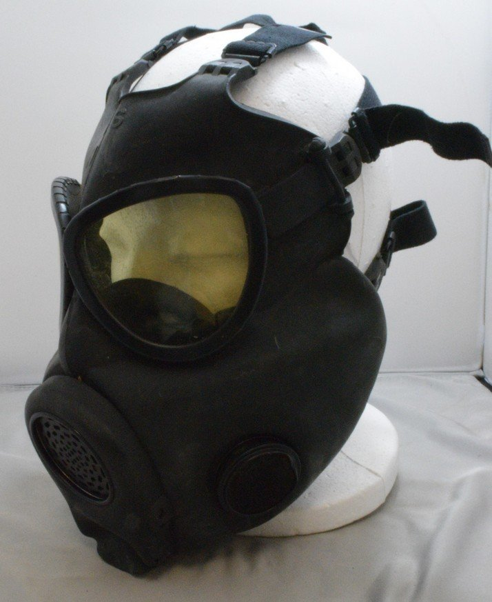 US MILITARY PROTECTIVE FIELD MASK - M17A1 - BAG - 2