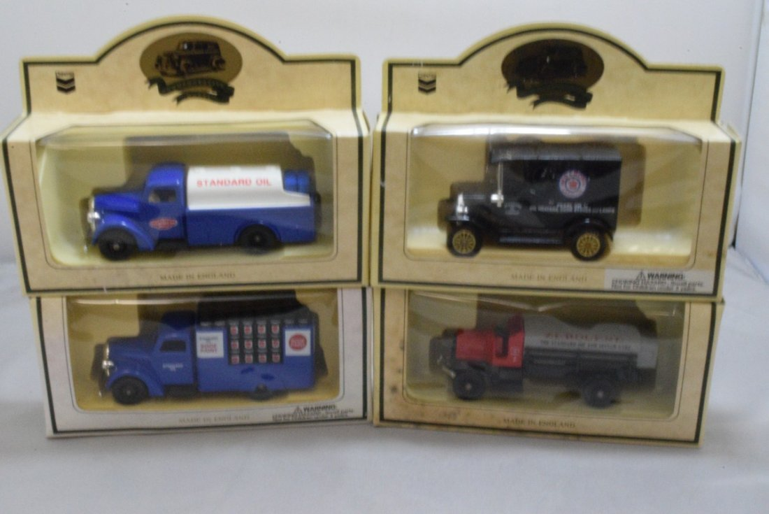 15 CHEVRON COMMEMORATIVE CARS - MADE IN ENGLAND - - 3