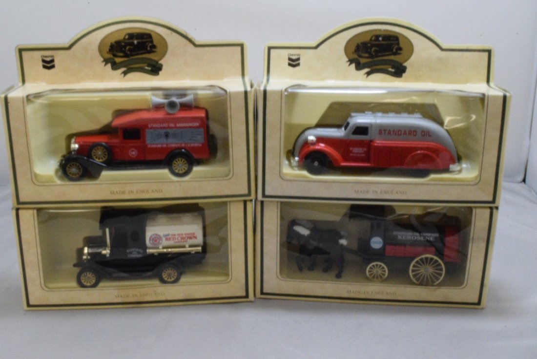 15 CHEVRON COMMEMORATIVE CARS - MADE IN ENGLAND - - 4