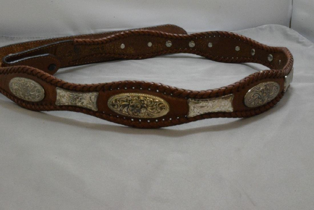 BOX -- HAND TOOLED LEATHER BELT WITH NATIVE AMERICAN - 5