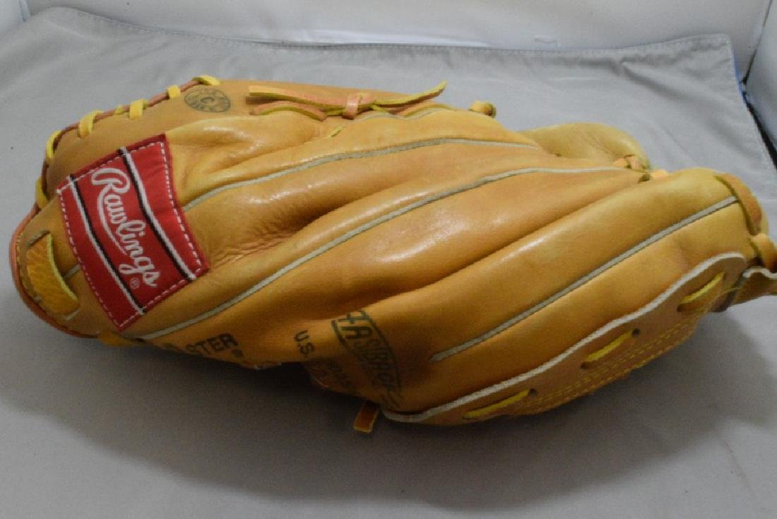 RAWLINGS DALE MURPHY LEFT HANDED LEATHER MITT AND BAT - 4