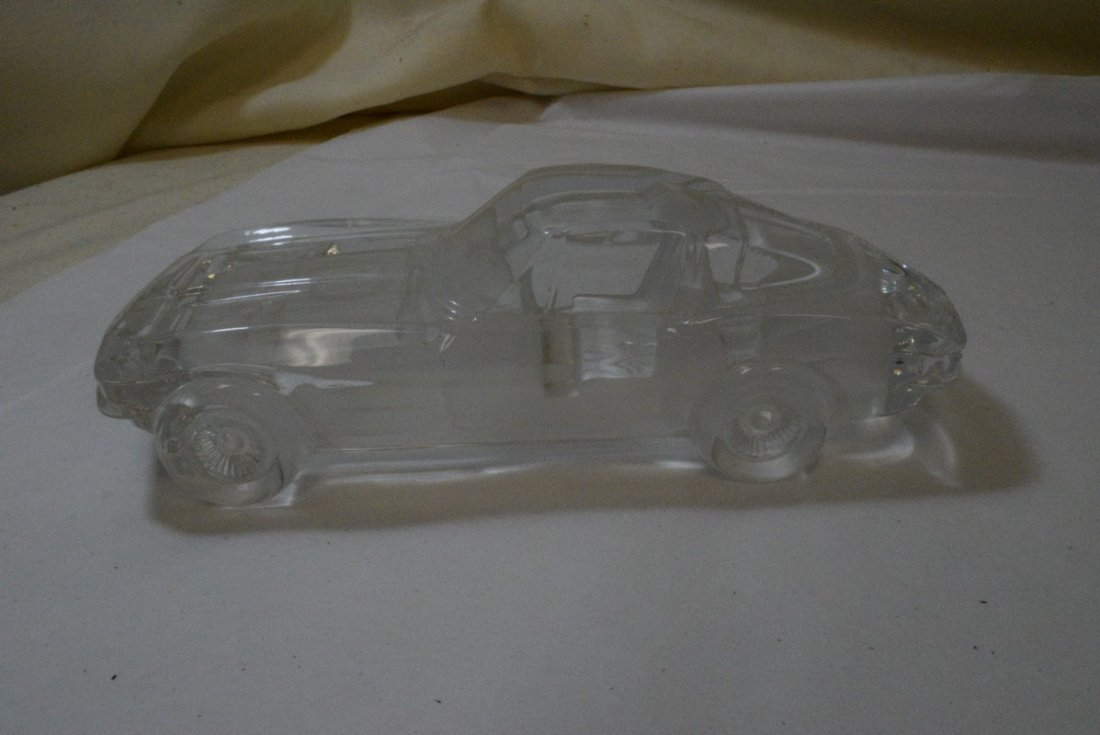 TRAY WITH GLASS CAR PAPERWEIGHT - 4 HOT WHEELS AND - 2