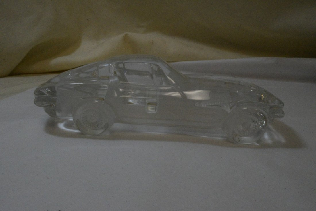 TRAY WITH GLASS CAR PAPERWEIGHT - 4 HOT WHEELS AND - 3