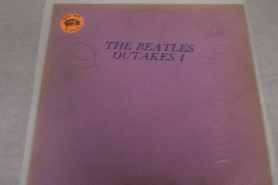 2 BEATLE VINTAGE ALBUMS - 2 BEATLES EMI OUT TAKES - 5