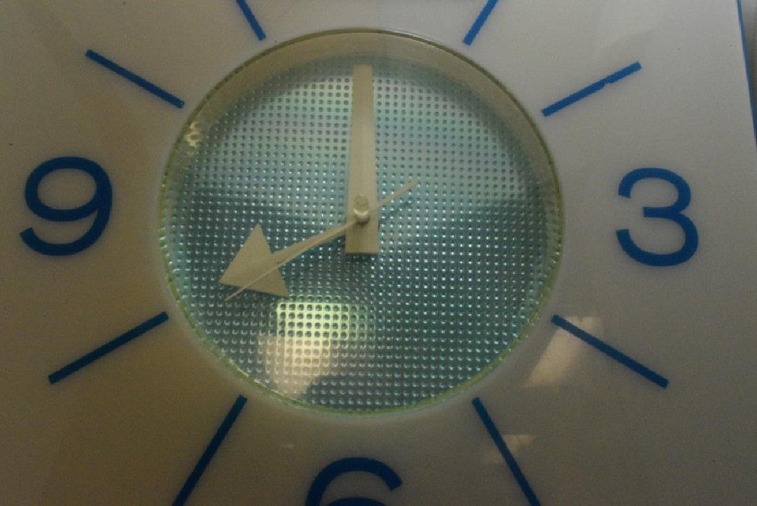 VINTAGE PEPSI ELECTRIC WALL CLOCK - NOT WORKING - 3
