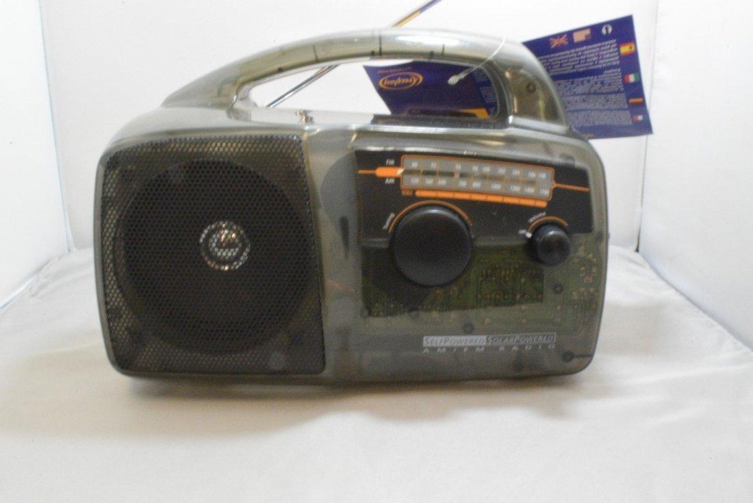 FREEPLAY SELF POWER SOLAR RADIO - TRANSPARENT COLO - 2
