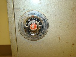 VINTAGE EAGLE CO. SAFE AND LOCK BOX - 2