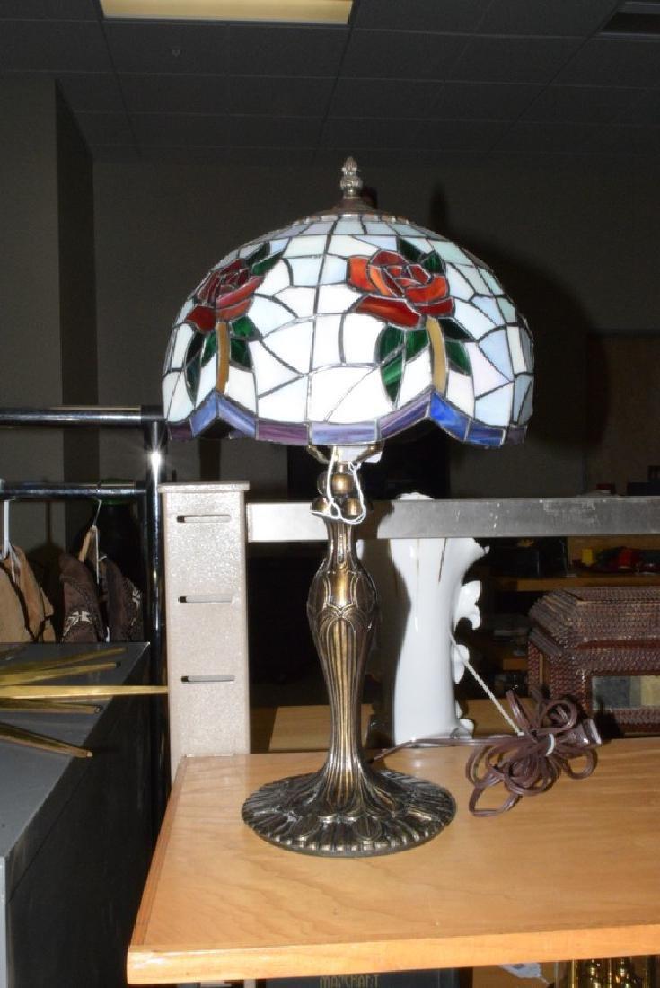 21.5'' TABLE LAMP - CAST METAL BASE - FAUX LEAD GL