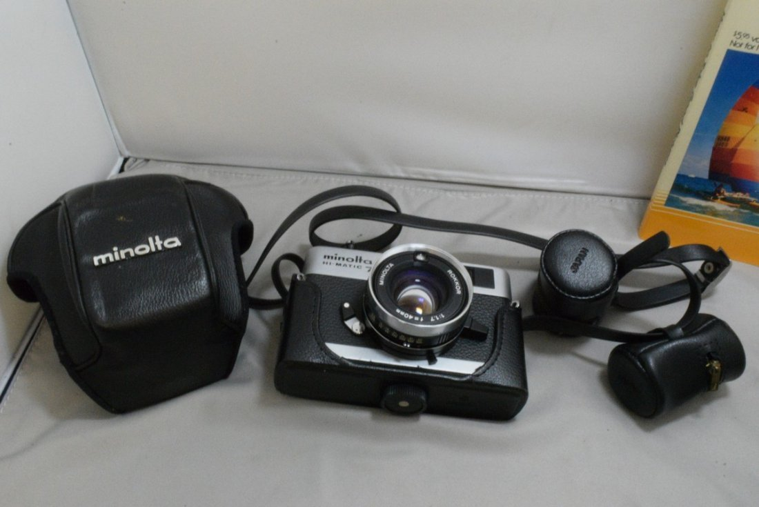 BOX - VARIOUS CAMERAS AND ACCESSORIES - MINOLTA HI - 4