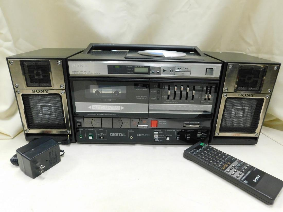 SONY COMPACT DISC AM/FM STEREO CASSETTE CORDER