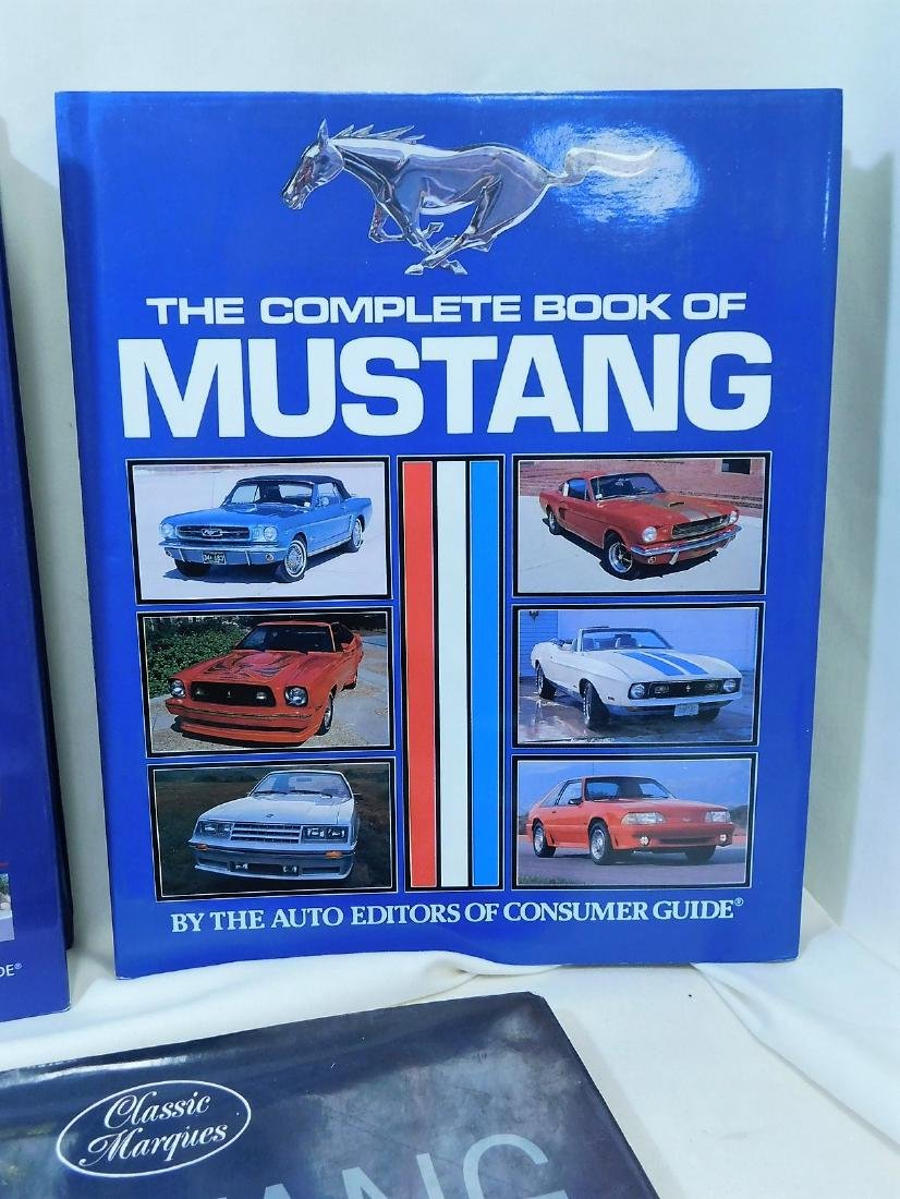4 MUSTANG COFFEE TABLE BOOKS & MORE - 2