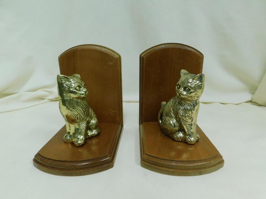 2 SETS OF VINTAGE CAT BOOKENDS - 3