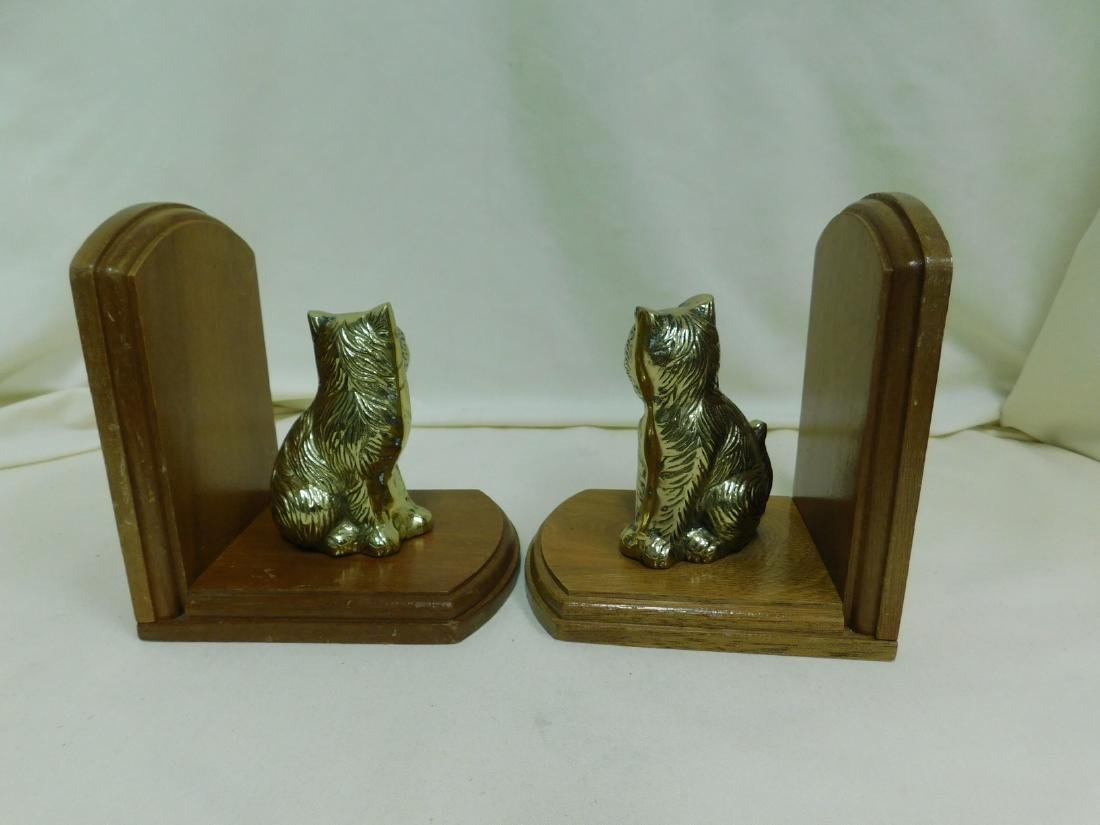 2 SETS OF VINTAGE CAT BOOKENDS - 4