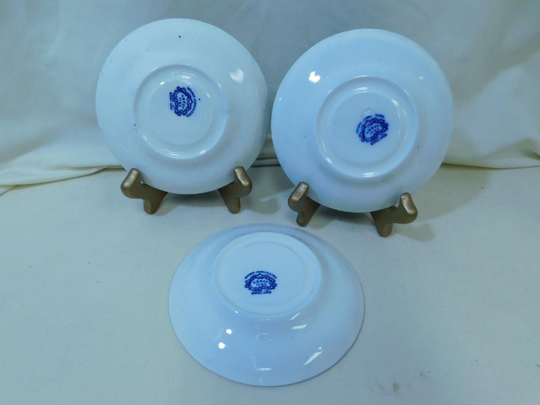 7 BLUE & WHITE CHINA PIECES - 6