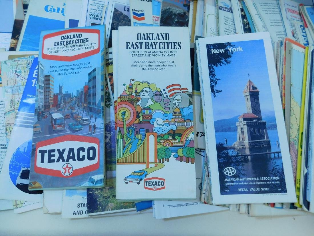 BOX OF VINTAGE ROAD MAPS - 3