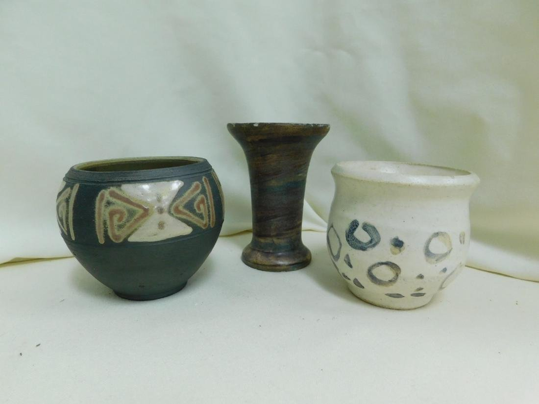6 POTTERY PIECES - 4