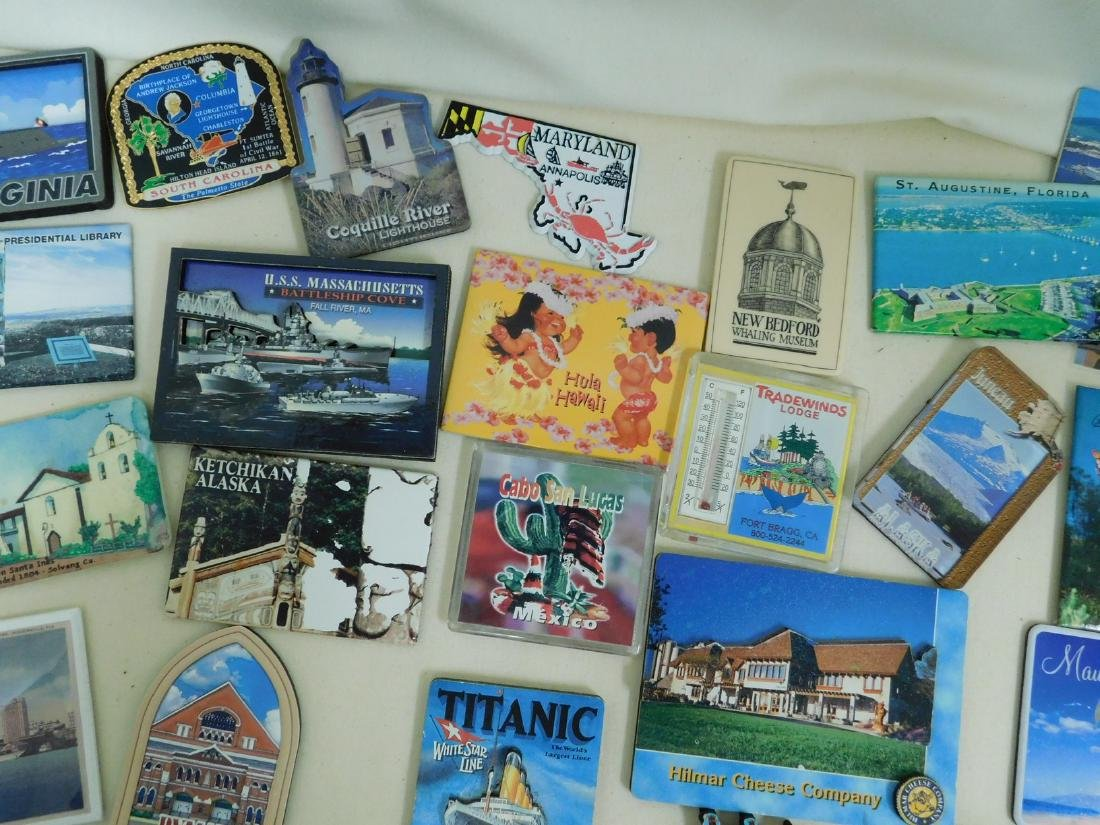 STATE & TOURIST MAGNETS - 3