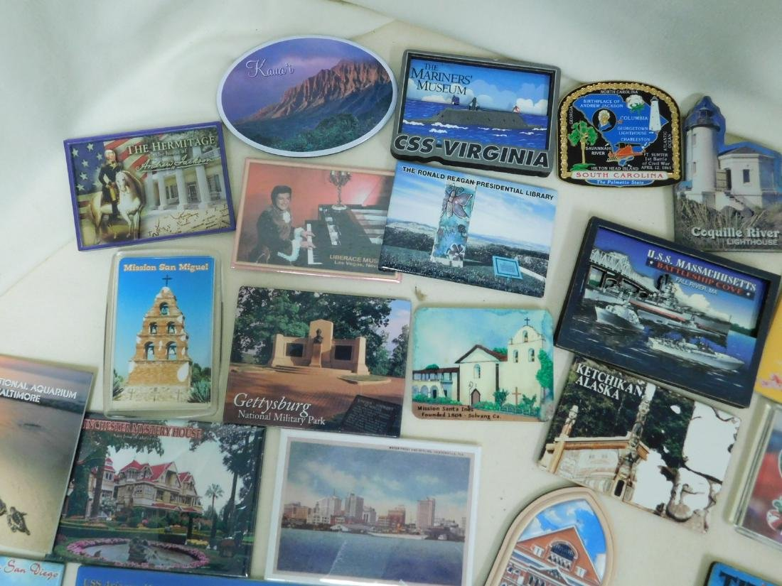 STATE & TOURIST MAGNETS - 4