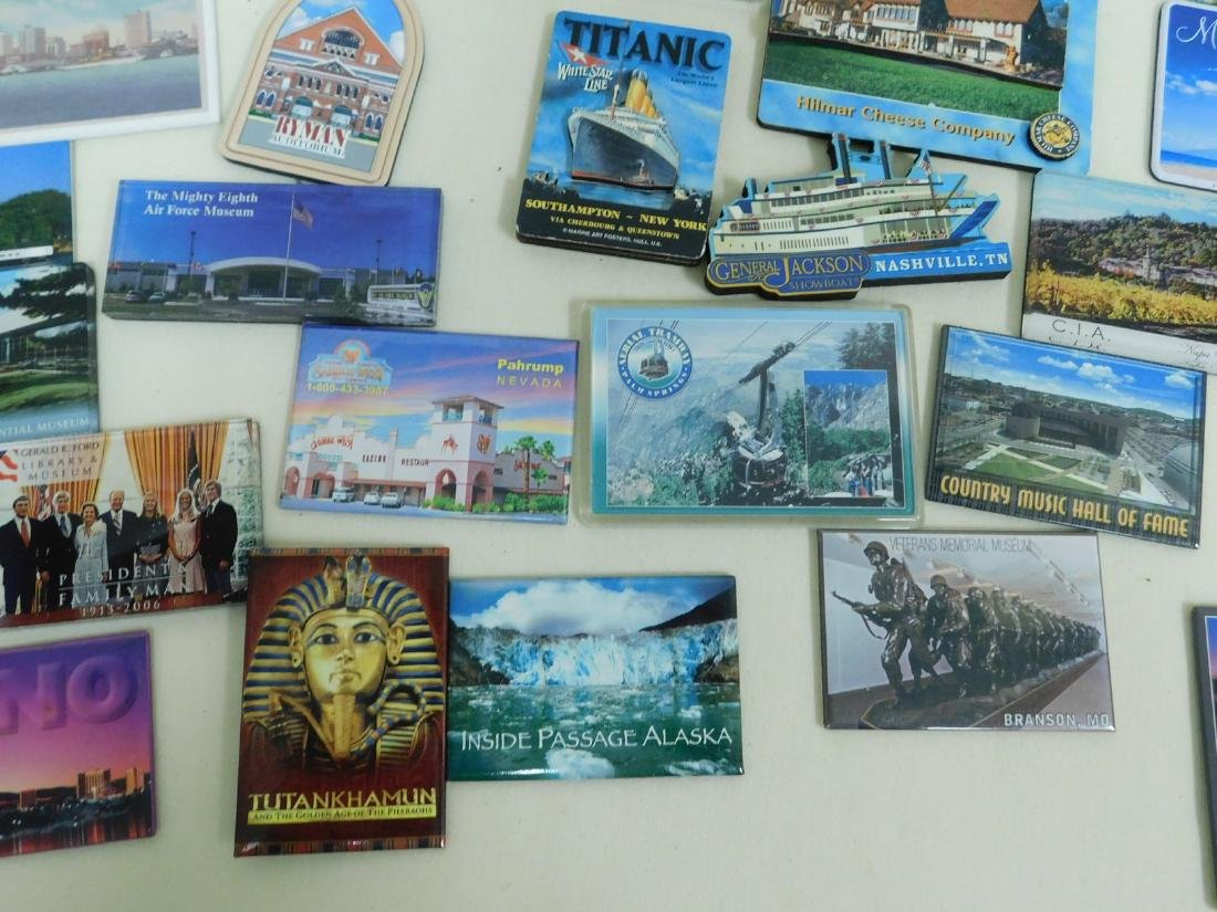 STATE & TOURIST MAGNETS - 9