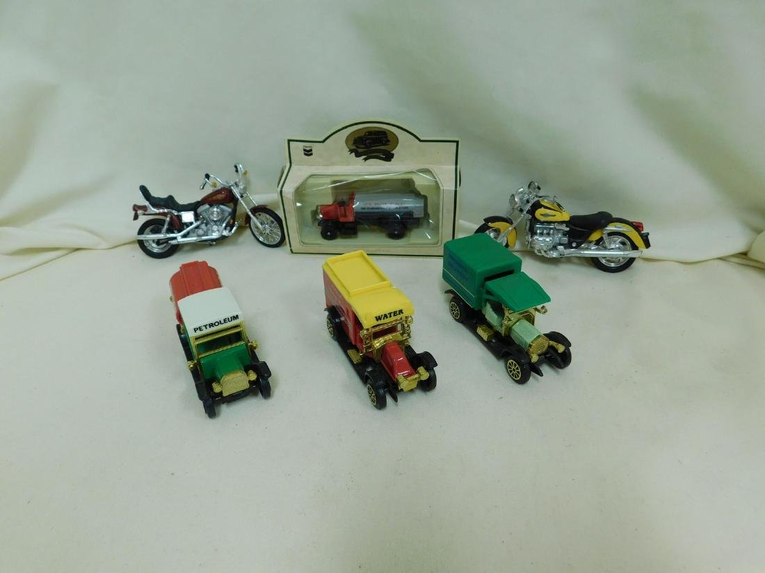 COLLECTIBLE TOY TRUCKS & MOTORBIKES