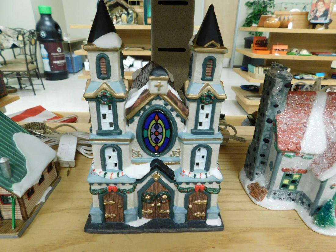 5 LIGHTED CHRISTAMS HOUSES - 4