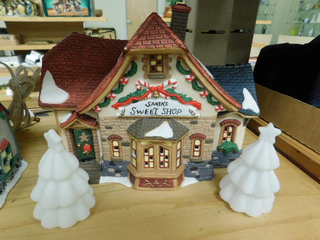5 LIGHTED CHRISTAMS HOUSES - 6