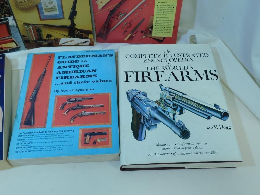 ILLUSTRATED FIREARMS ENCYCLOPEDIA - FLAYDERMANS GU - 2
