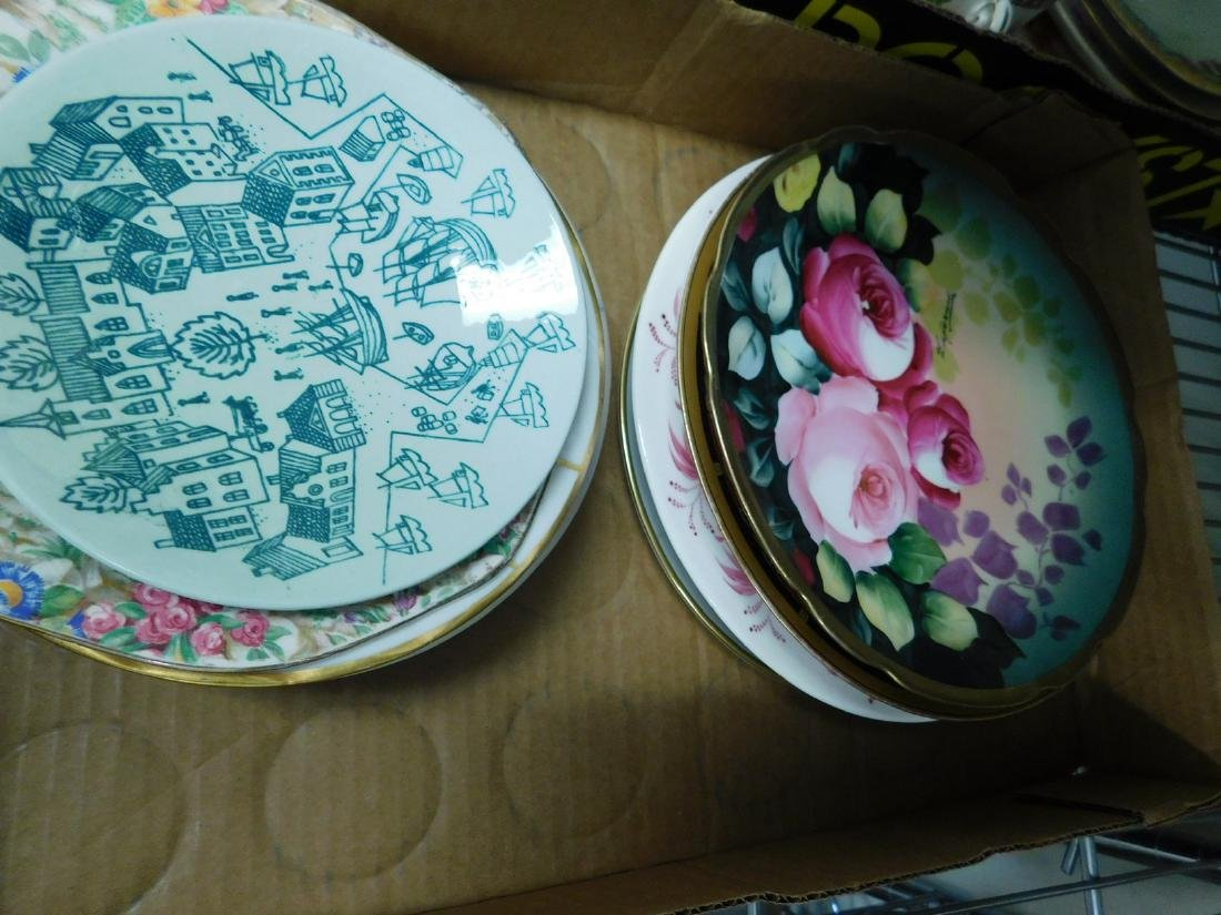 TEACUPS - SAUCERS- PLATES & MORE - 5