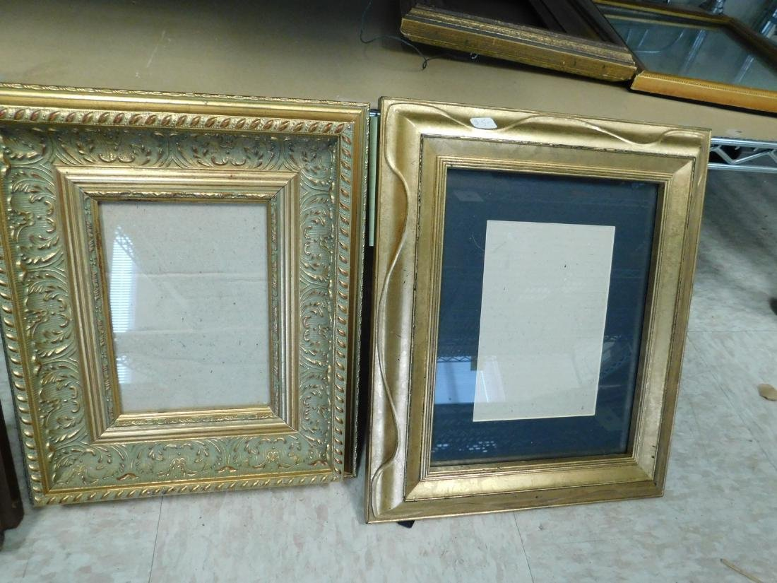 DECORATIVE VINTAGE  PICTURE FRAMES - 3