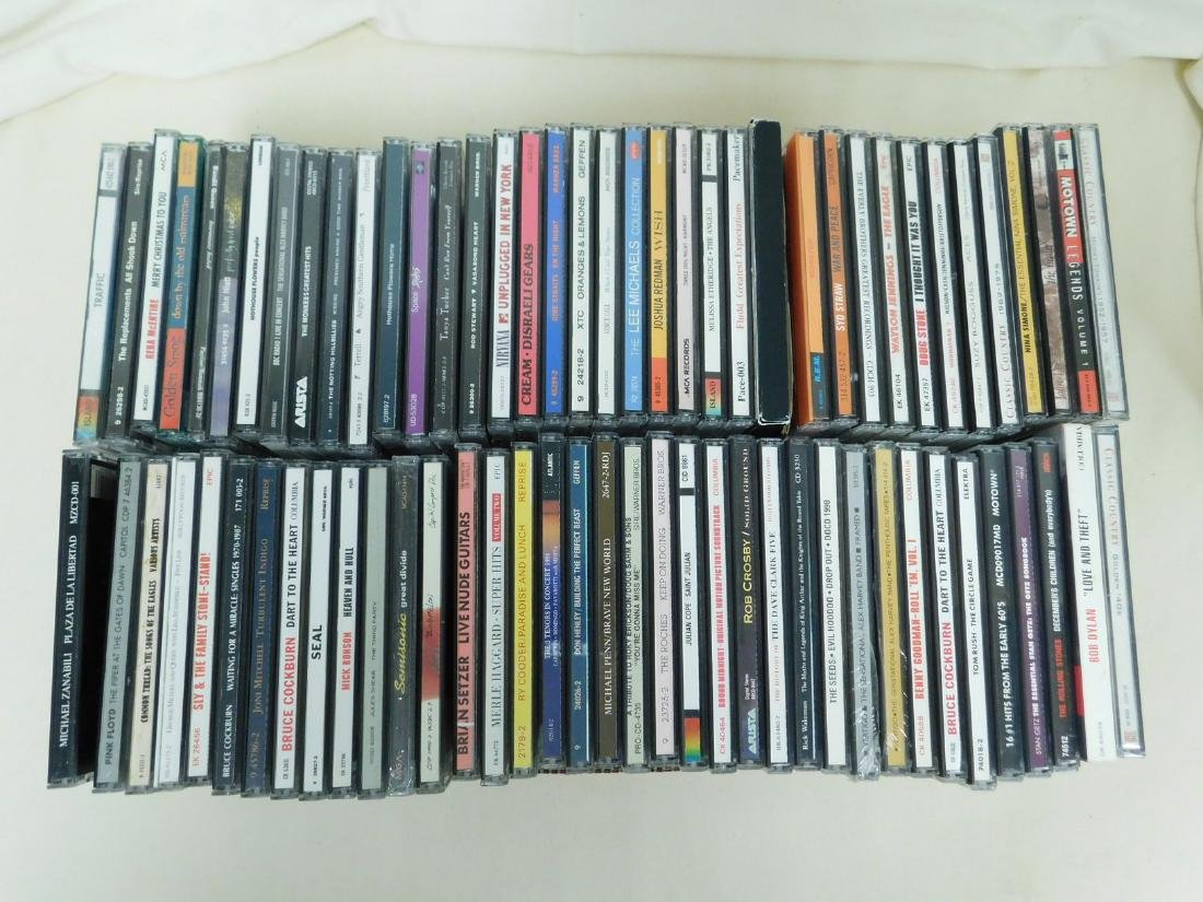 72 VARIOUS MUSIC CD'S