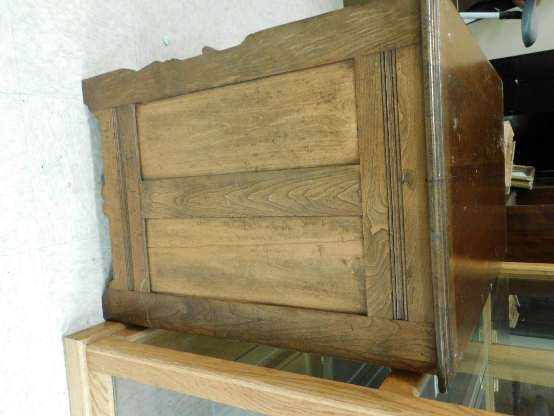 ANTIQUE KNEE HOLE DESK - 5