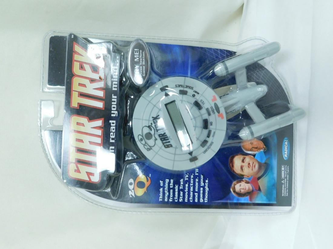 STAR TREK ACTION TOYS - 5