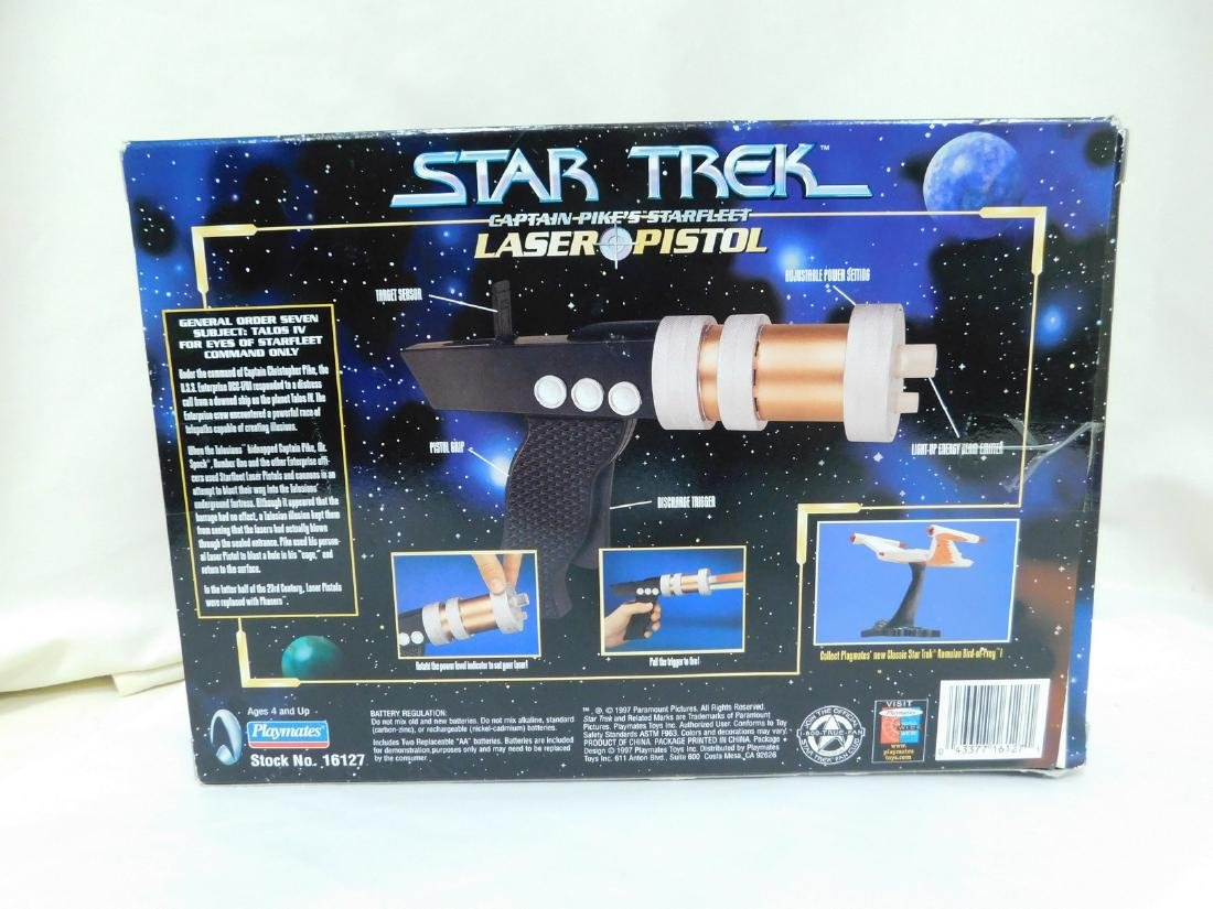 STAR TREK ACTION TOYS - 9