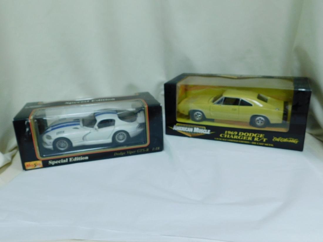 2 1:18 SCALE DODGE DIE CAST CARS